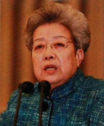 中央政zhiju委员国wuyuan副zong理-吴仪