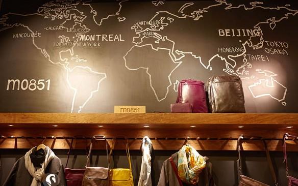 下图的m0851包包专卖店墙面产品展示设计,或许 对你的产品分布,色彩