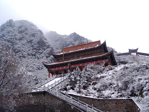 感应寺雪景 - 4a景区照片 - 青海大通老爷山风景旅游