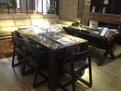 餐厅 餐桌 家具 装修 桌 桌椅 桌子 500_375