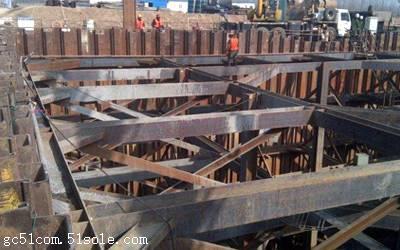 钢板桩施工流程: 钢板桩施工流程主要分为检验与矫正,导架安装