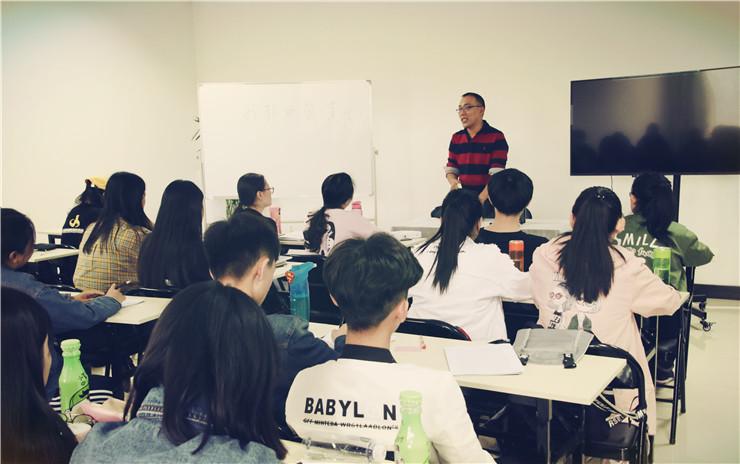 编导培训北京影视编导培训的质量,选择中国传媒教育促进会