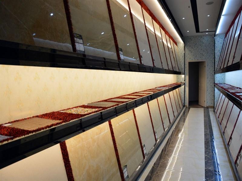 公司以设计,装饰施工,建材,家具销售,售后保障为一体的大型综合性装饰图片