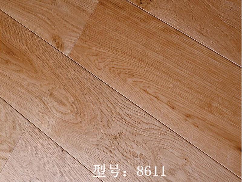 三层实木地板-欧橡相思_昆明强化地板厂家批发_昆明新