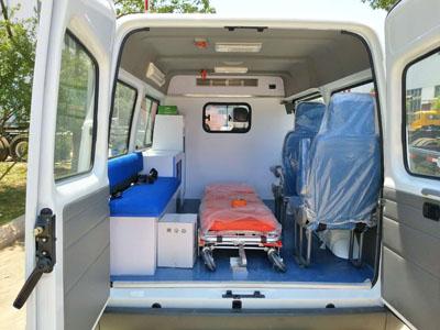 上汽大通v80救护车转运型舱
