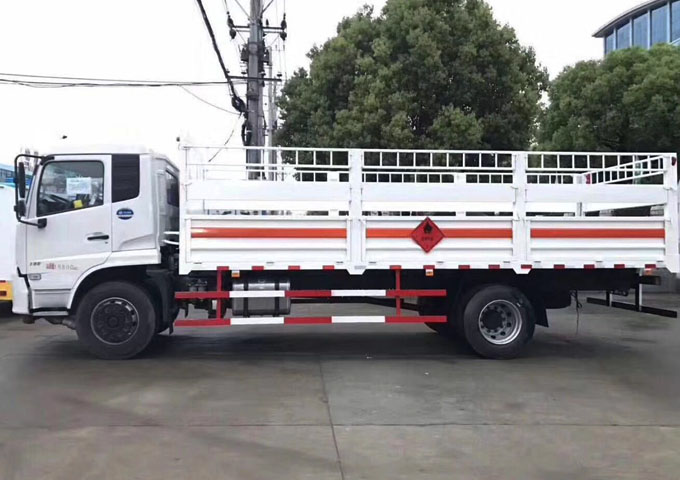 重庆东风天锦10吨气瓶运输车那有卖
