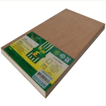 产品详情 详细信息全部评论  胶合板俗称夹板,是天然原木